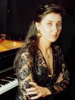 Ana Vega Toscano