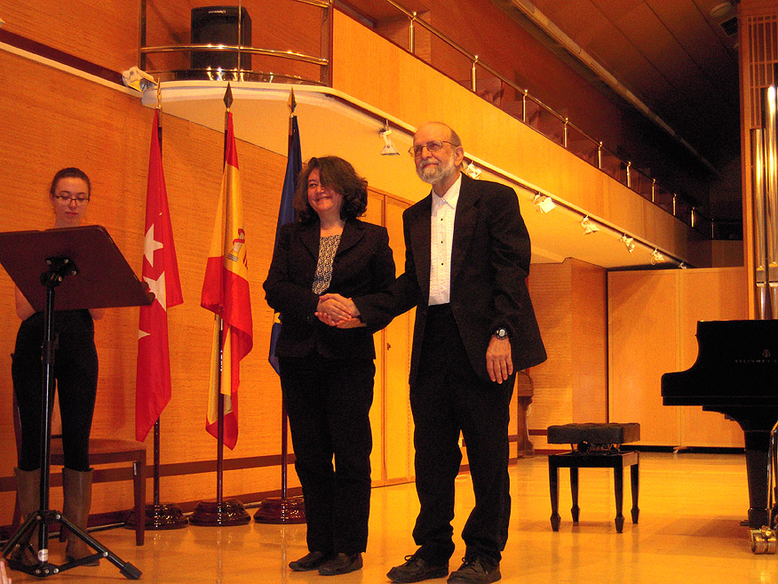Mercedes Zavala y Jeffrey Jacob